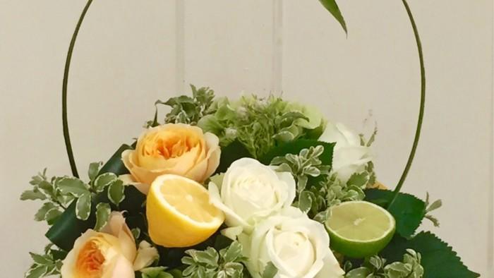 レモンとライムの爽やかな香りもします。