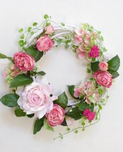 バラの春のリース